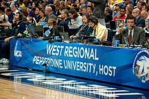 Pepperdine Sport Administration Majors help to host West Regional