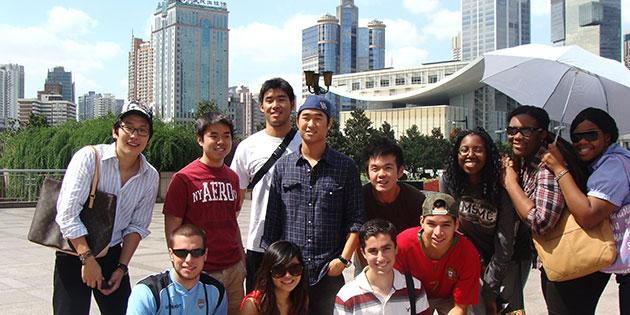 Asian studies students travel to China to learn about East Asian cultures