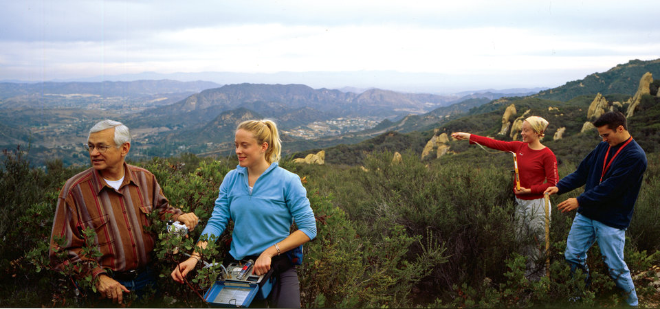 Dr. Davis with Pepperdine students in Santa Monica Mountains