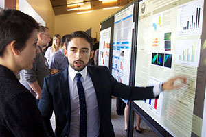 Pepperdine student presents research poster