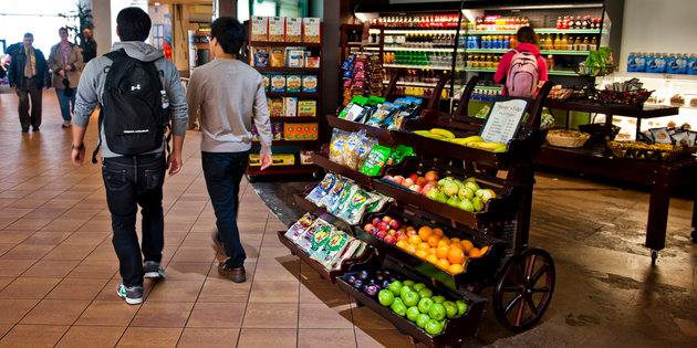 Nutritional science majors walk by a health food store on campus - Nutritional Science Degree