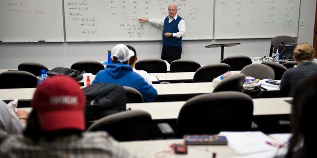 Which economics major should I choose?